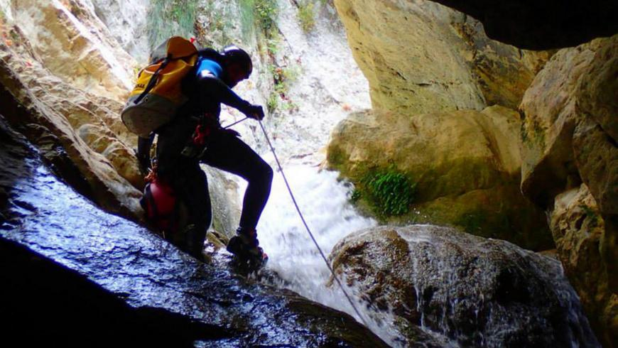 Canyoning adventure club4