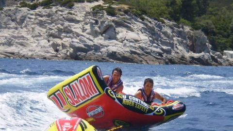 bareside watersports tubes θεσσαλονικη.jpg6