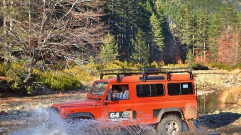 Jeep Safari 4x4 Tour Valia Calda and Pindos area