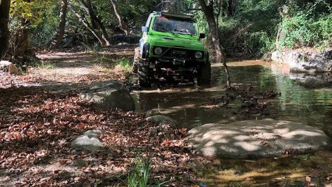 Jeep 4x4 Offroad tour at Marathonas Lake