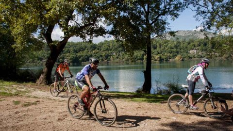 Mountain Biking: Forest Filippiada–Red clay–Ziros lake Preveza