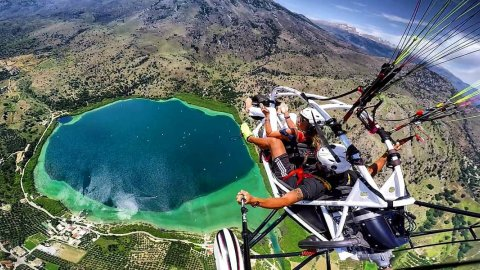 Tandem Paragliding Flights or Paratrike in Chania
