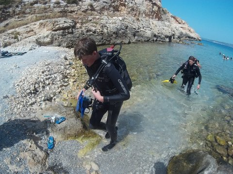 Discover Scuba Diving Almyrida omega καταδυσεις Chania Greece.jpg5
