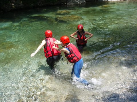 voidomatis rafting  Greece Alpine Zone aristi.jpg4