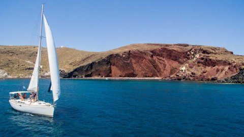 Sailing Morning Santorini Private