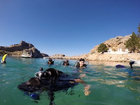 rhodes-scuba-diving-greece-lindos-καταδυσεις-ροδος-center.jpg12