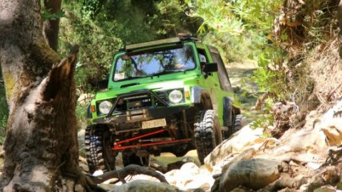 Jeep-safari-greece-derbenoxoria-offroad-4x4-parnitha (3)