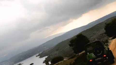 Jeep-safari-greece-wine-marathonas-athens-offrad-4x4 (1)