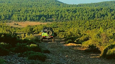 Jeep-safari-greece-derbenoxoria-offroad-4x4-parnitha (7)