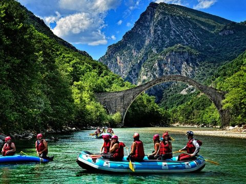 Rafting at Arachtos River