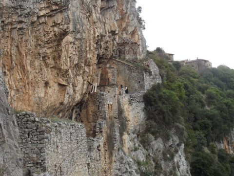 hiking-lousios-pezoporia-greece-trekking-gorge-canyon (4)