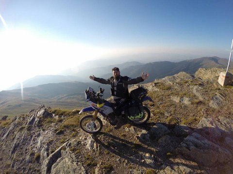 greece-crosser-motorcycles.jpg8