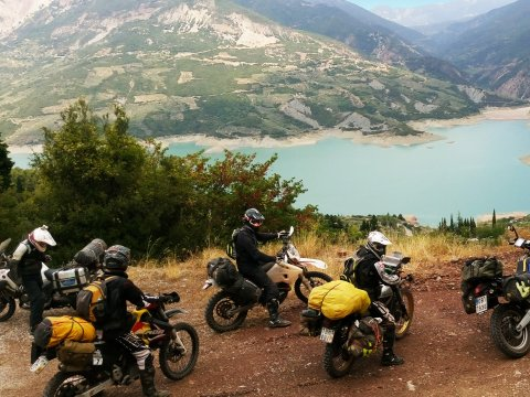 greece-crosser-motorcycles.jpg2