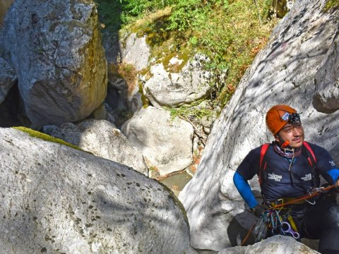 canyoning-deos-gorge-metsovo-greece-canyon-camping.jpg4