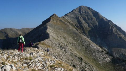 Hiking Taygetos Peak